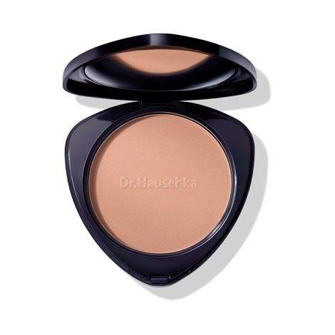 poudre bronzante Dr. Hauschka cosmetiques